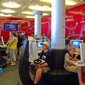 Интернет-кафе Хохольского